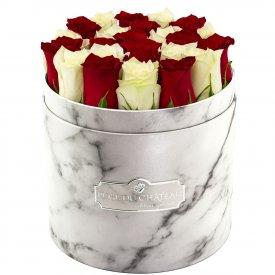 Édition Spéciale Biały Marmurowy Box z Białymi & Czerwonymi Różami Żywymi