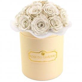 Białe Wieczne Róże Bouquet w Brzoskwiniowym Boxie