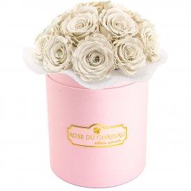 Białe Wieczne Róże Bouquet w Różowym Boxie