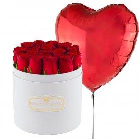 Czerwony Balon Serce & Biały Okrągły Box z Czerwonymi Różami Żywymi