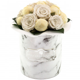 Bridal White Wieczne Piwonie Bouquet w Białym Marmurowym Boxie