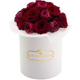 Red Romance Bouquet Wiecznych Kwiatów w Białym Boxie