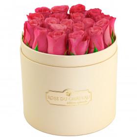 Édition Spéciale Brzoskwiniowy Box z Różowymi Różami Żywymi