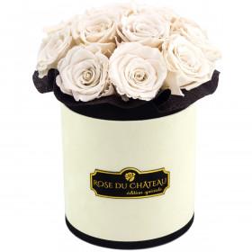 Białe Wieczne Róże Bouquet w Coco Flokowanym Boxie