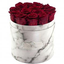 Rote Ewige Rosen in weißer marmorierter Rundbox
