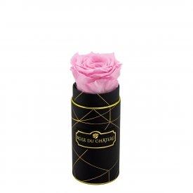 Světle růžová věčné růže v mini černém industrial flowerboxu