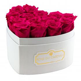 Růžové věčné růže v bílém boxu heart
