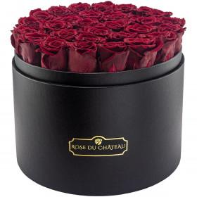 Červené věčné růže ve mega černém flowerboxu
