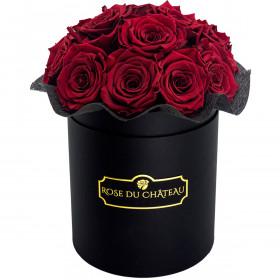Červené věčné růže bouquet v černém flowerboxu