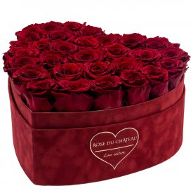 Rote Ewige Rosen in Bordeauxroter Beflockter Herzbox Large - LOVE EDITION