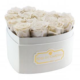 Weiße Ewige Rosen in weißer Herzbox